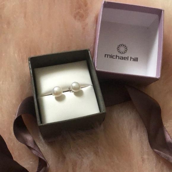 NEW Michael Hill Pearl Earrings